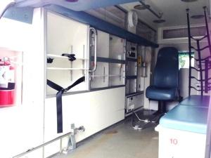 ambulancia ford turbo diesel interior cabina post.